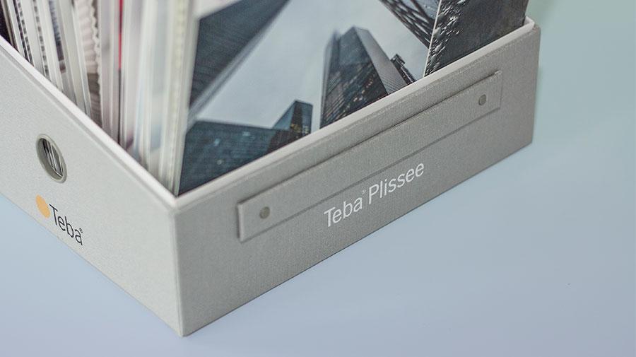 teba kollektionsbox plissee b design gmbh marketing design essen. Black Bedroom Furniture Sets. Home Design Ideas